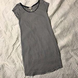 H&M Women's Navy Striped T-shirt dress M
